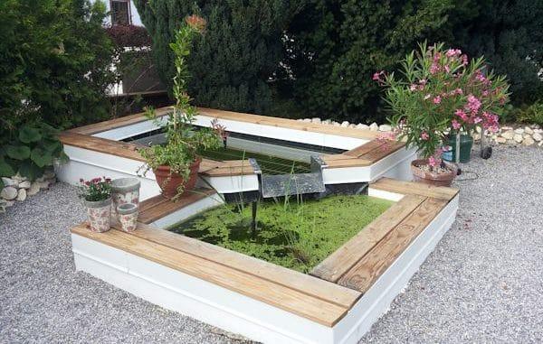 mini teiche oder fertigteiche in g rten und auf terrassen. Black Bedroom Furniture Sets. Home Design Ideas
