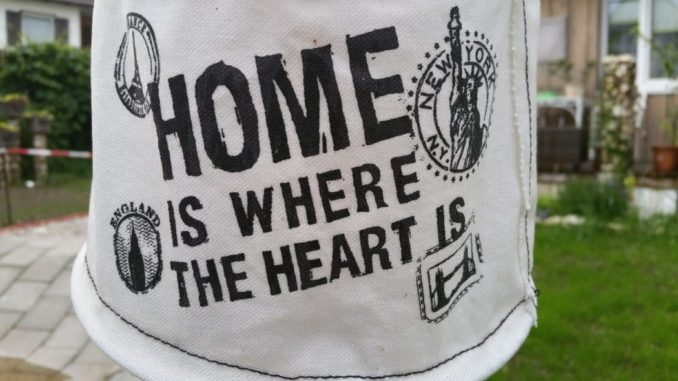 Home is where the heart is - Lampe