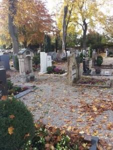 Herbstliche Stimmung auf dem Friedhof