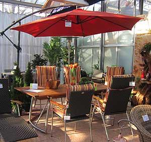 Loungemöbel mit Sonnenschirm