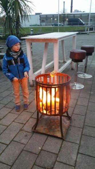 Feuerstelle für die Winterparty