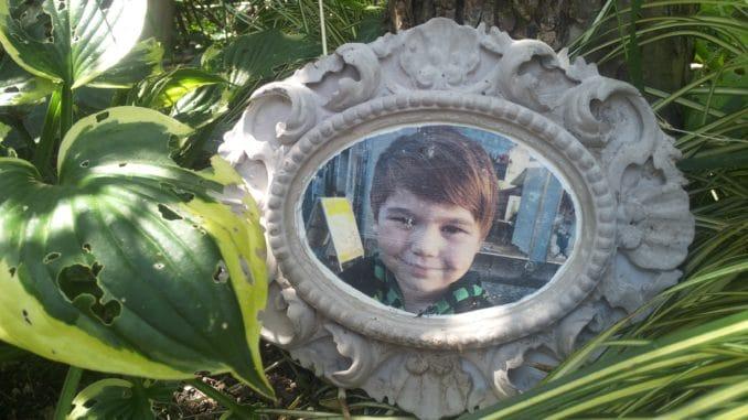 Gartendeko: Fotopotch auf Beton