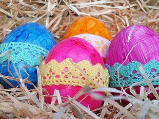 Ostereier mit Spitze, basteln, Osterfest, DIY;